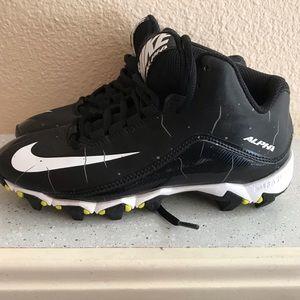 Nike fast-flex alpha baseball/ football cleats